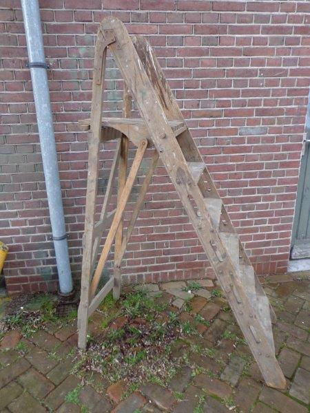 Trap hout decoratie beste inspiratie voor huis ontwerp - Houten trapontwerp ...